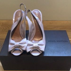 Louis Vuitton lilac bow heels